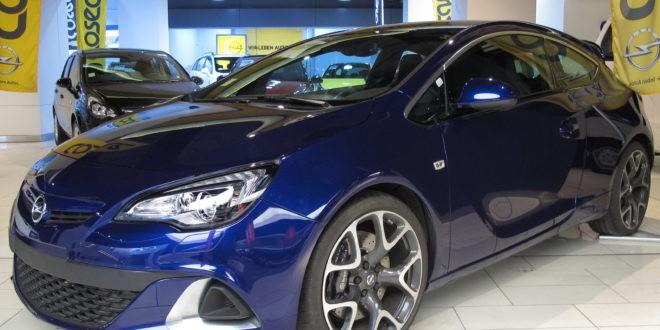 Opel Astra GTC-OPC